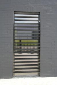 raam met lamellen