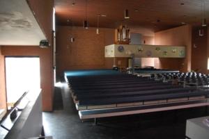 interieur kerkgebouw de Voorhof te Emmen