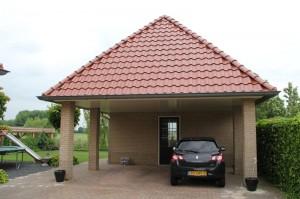 garage in stijl van de woning