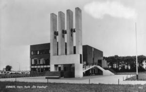 kerkgebouw de Voorhof te Emmen